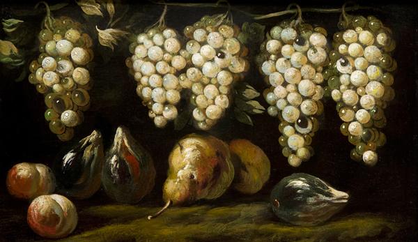 Uve bianche, pere, pesche e fichi neri su un piano di pietra en plein air