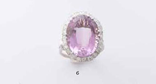 Grande anello in oro bianco 18 kt