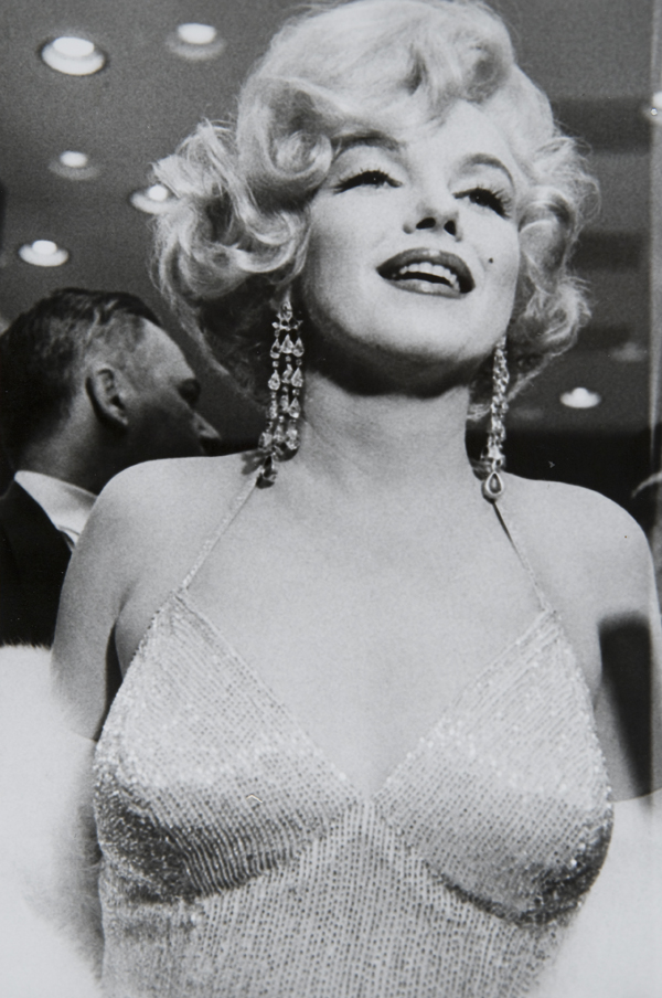 """Marilyn Monroe at the premiere of """"Some Like It Hot"""", New York, 1959"""