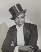 Joséphine Baker in masculine dress, ca. 1920
