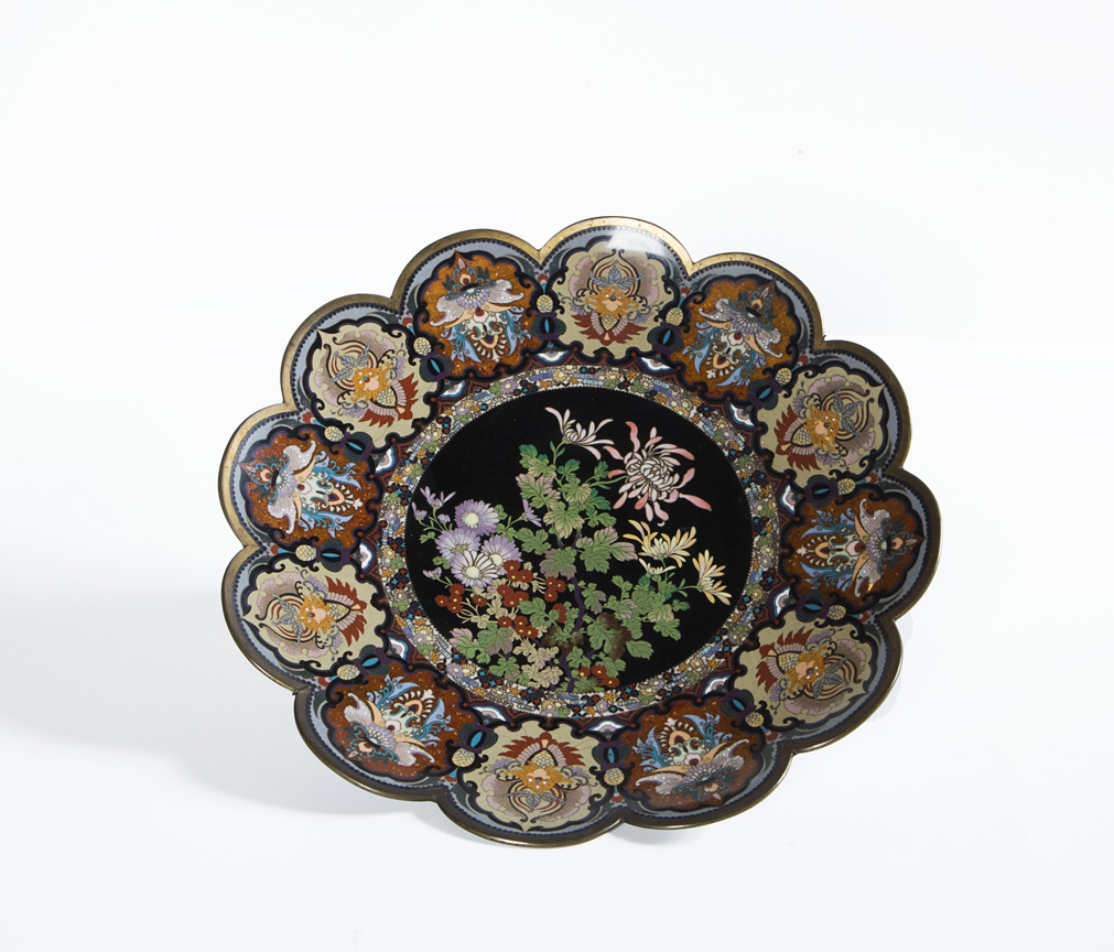 Piatto cloisonné, Cina secoli XIX-XX