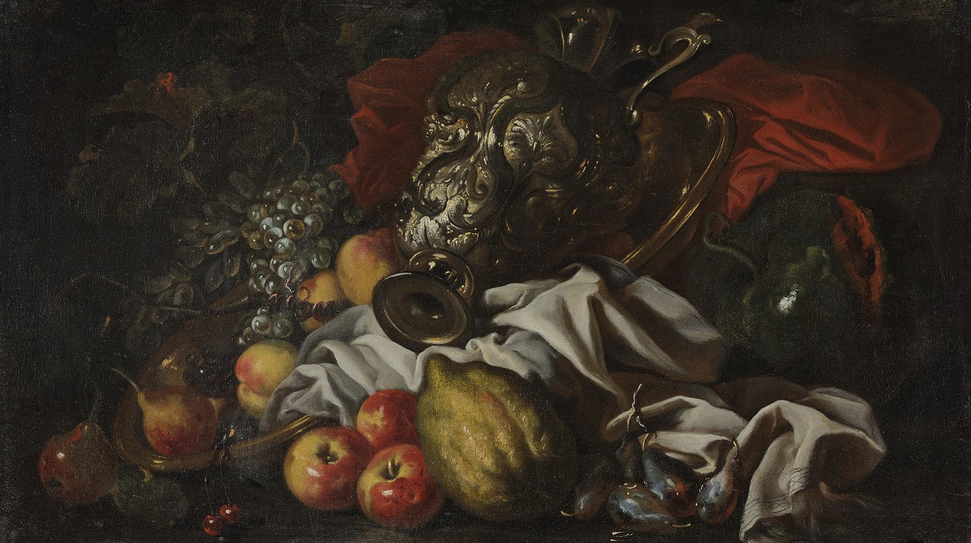 Cedro, mele, pere, uva e altri frutti con vaso d'argento istoriato e drappo rosso