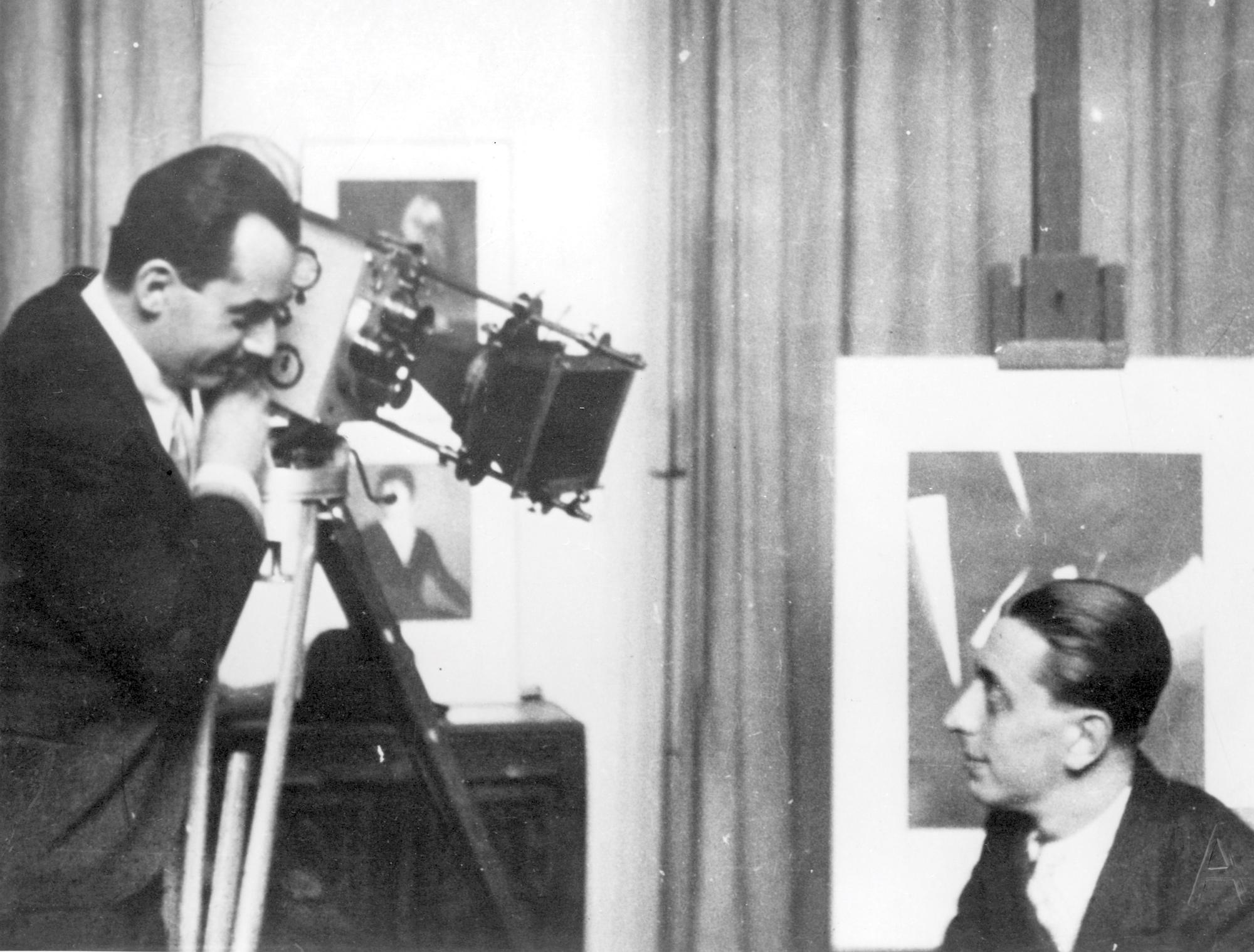 Man Ray e Robert Desnos, 1928