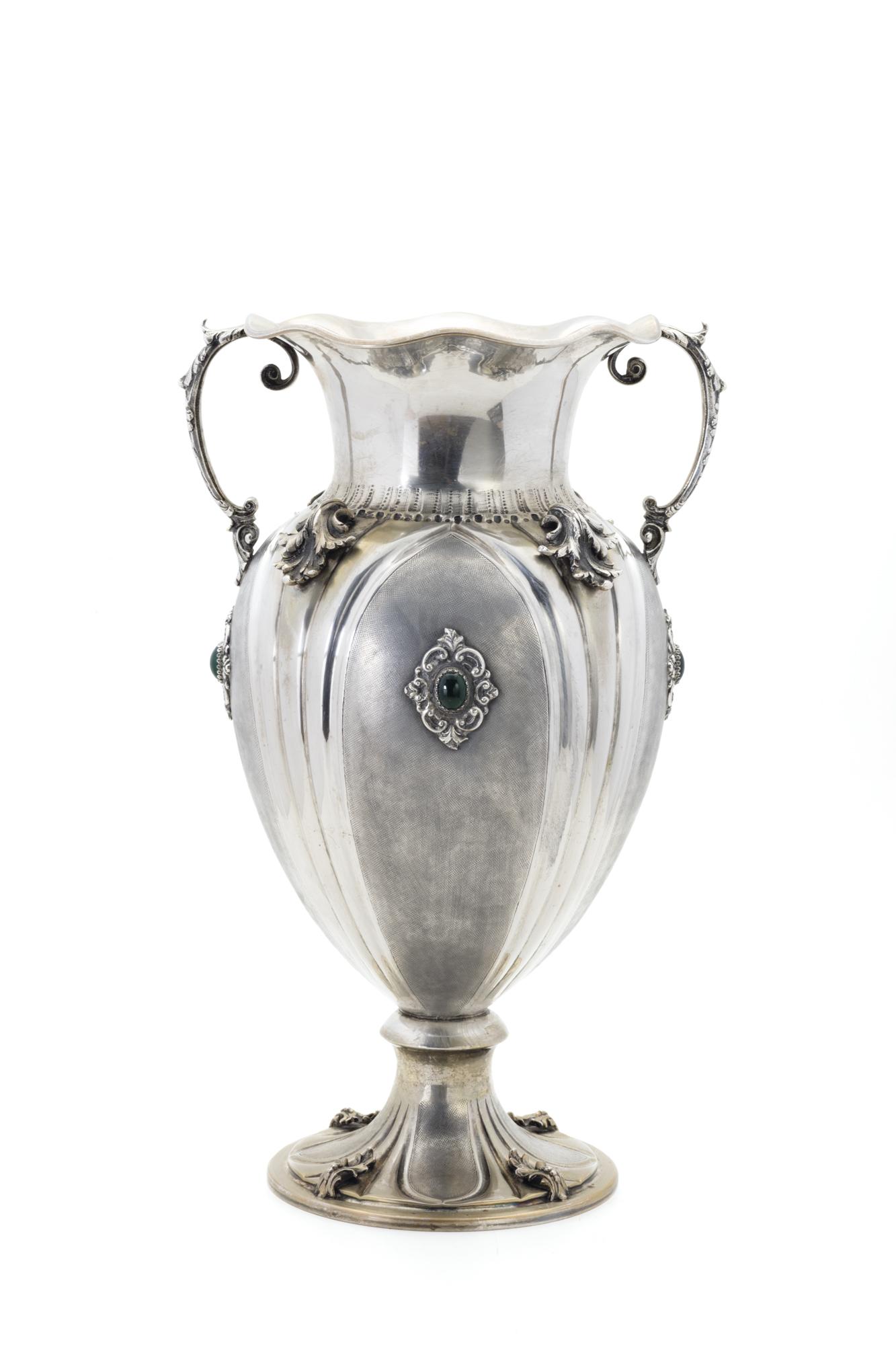 in argento e pietre dure, Italia XX secolo