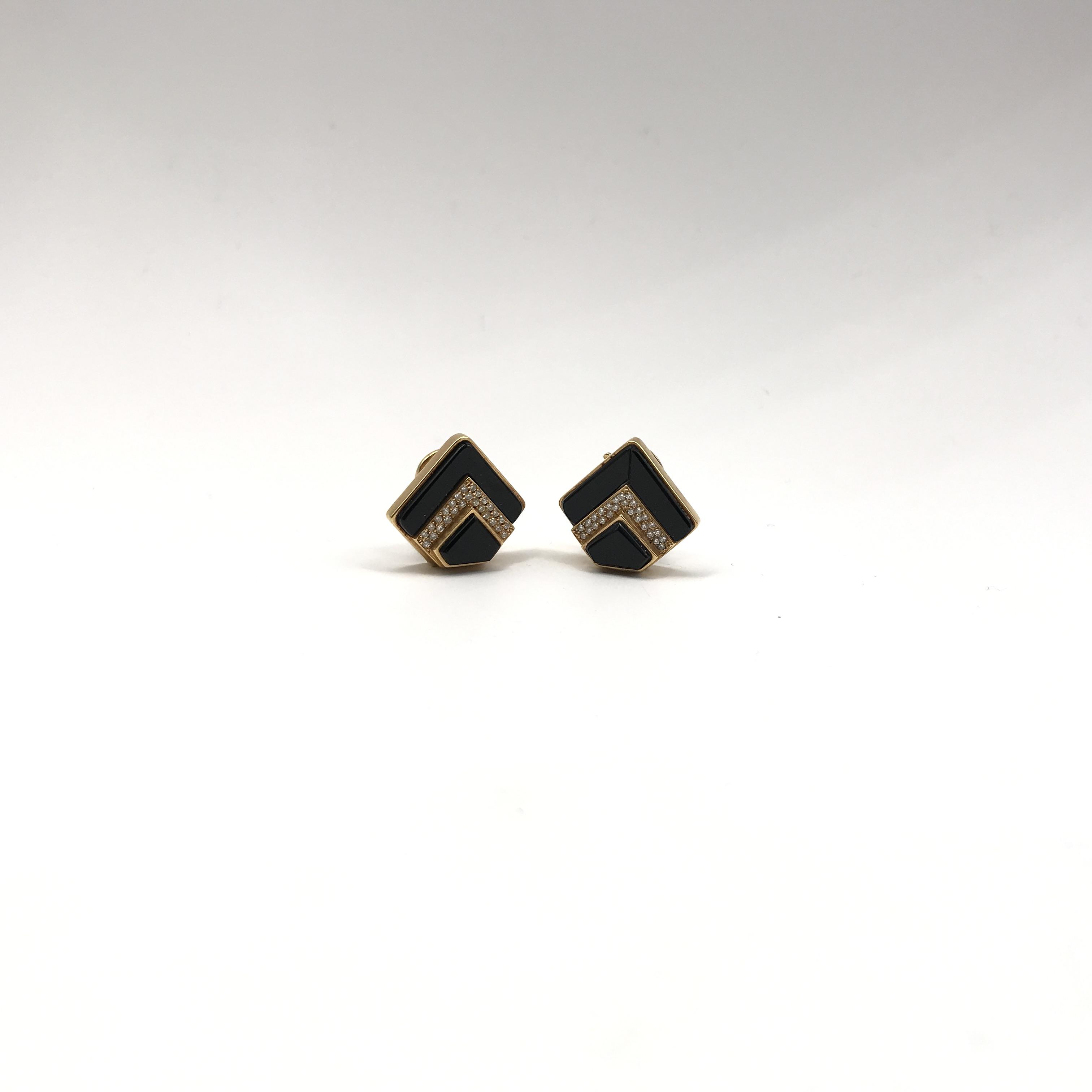 in oro 18kt, onice nera e diamanti