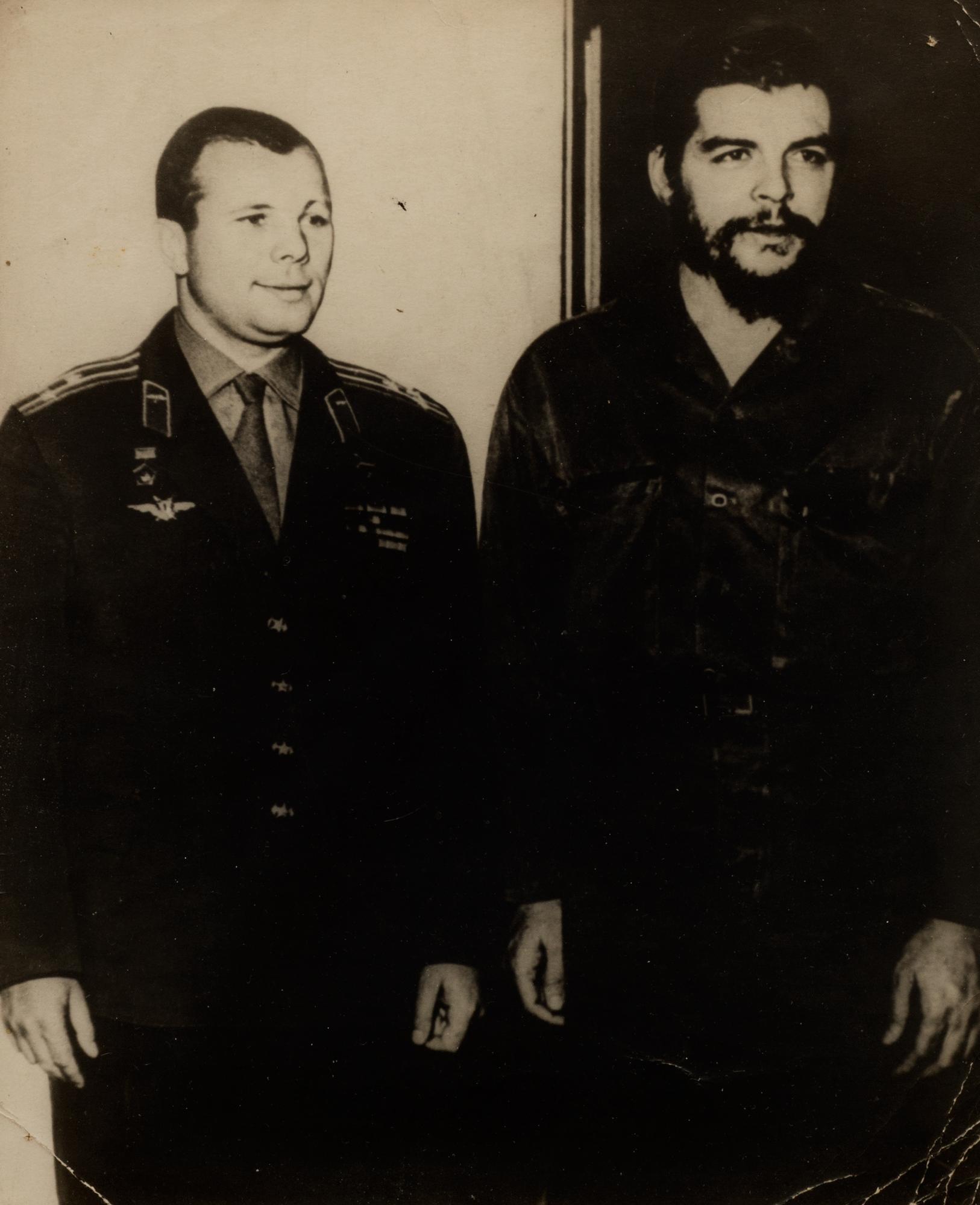 Yuri Gagarin e Ernesto Guevara