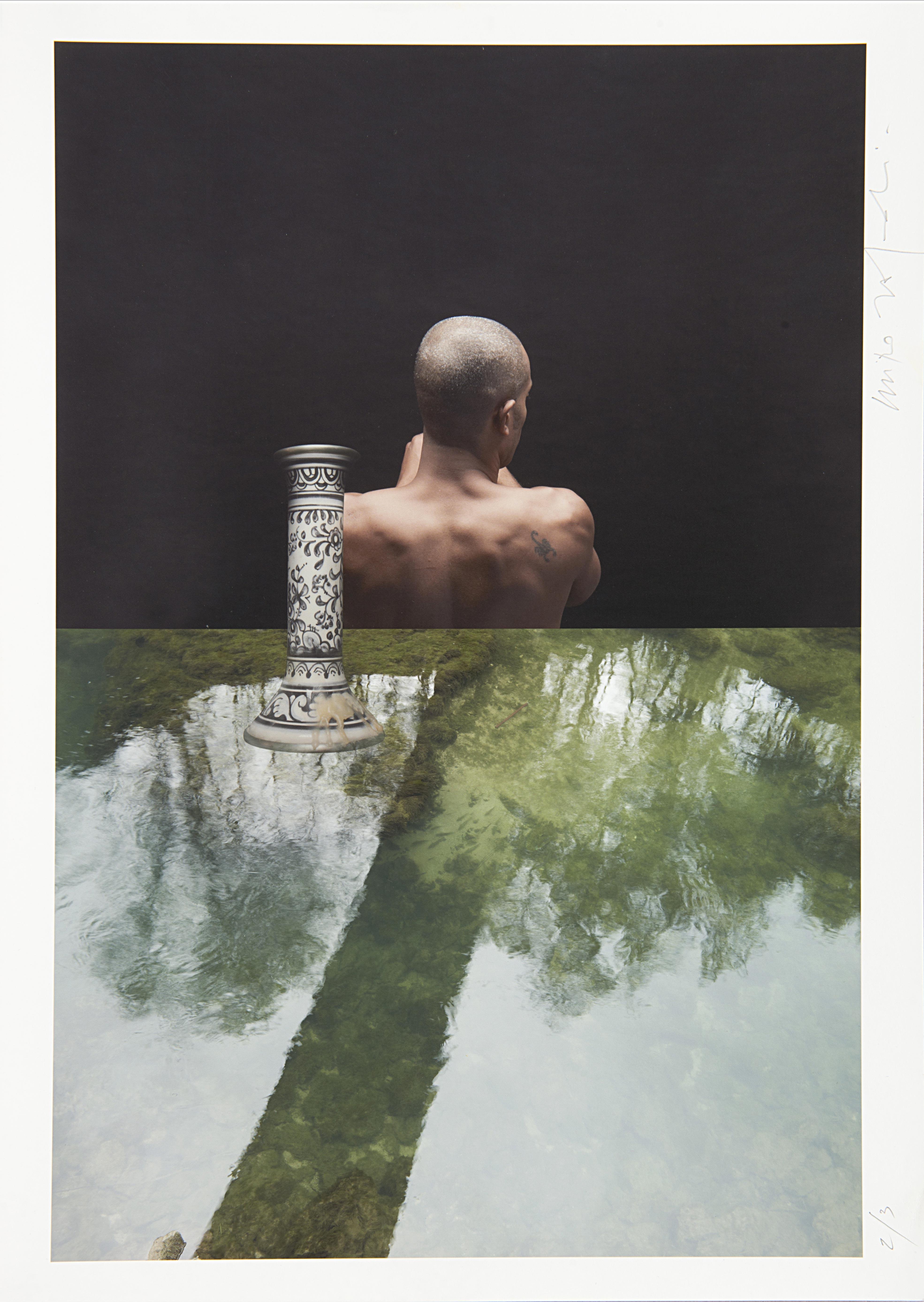 Composizione_27 (Uomo, candelabro, acqua), 2011