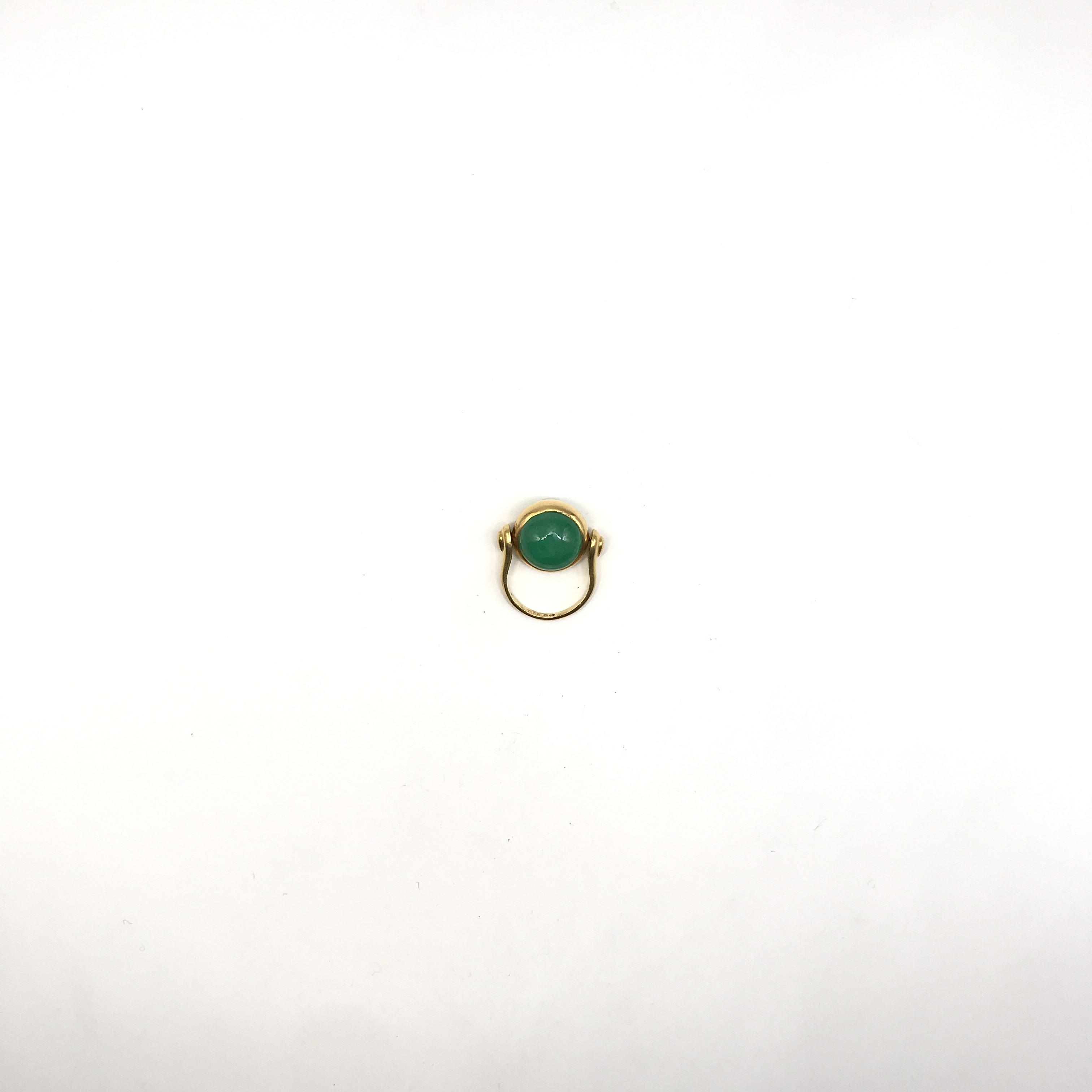 in oro 22kt e smeraldo