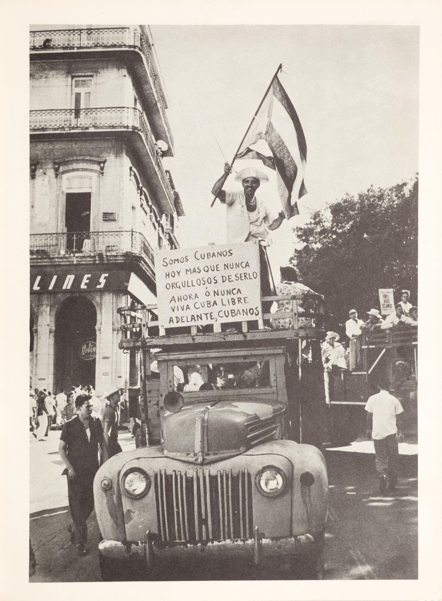 A la plaza con Fidel. Un ensayo fotografico de Mayito